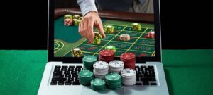 Online Roulette – Making money With Effective Gambling